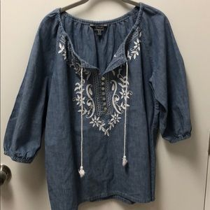 Tommy Bahama denim shirt with embroidery